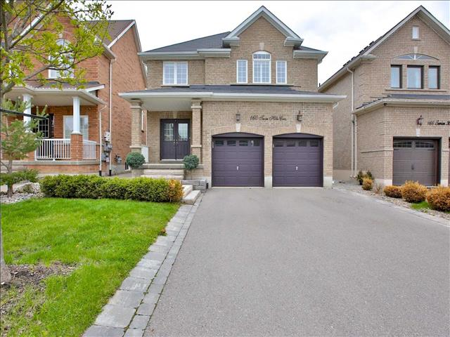 160 Twin Hills Cres