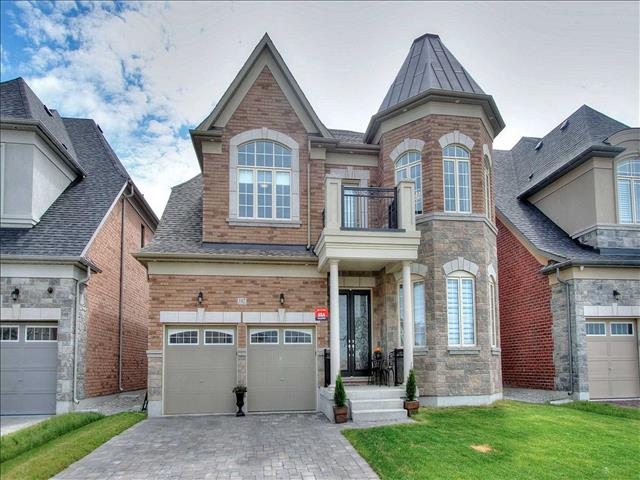 182 Ross Vennare Cres