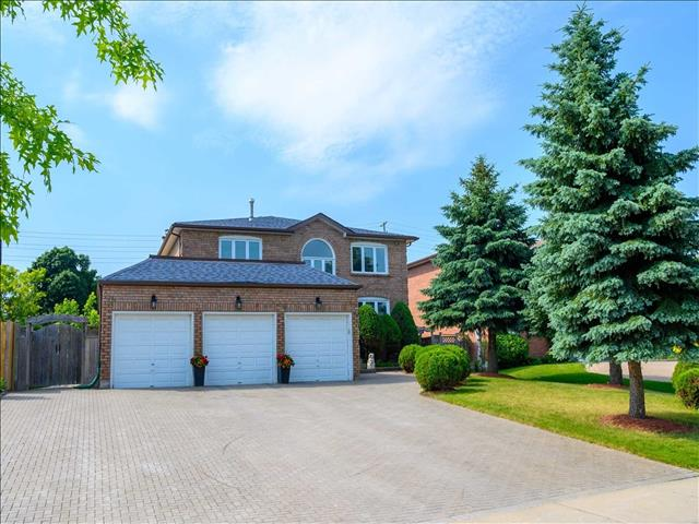 21 Ravenhill Cres