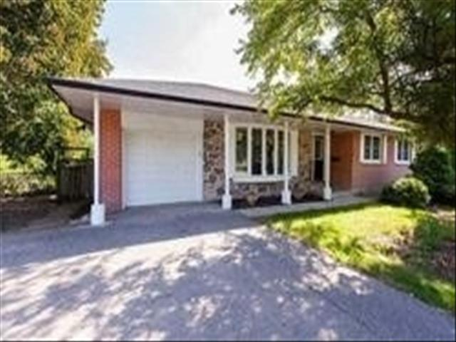 16 Willowgate Dr