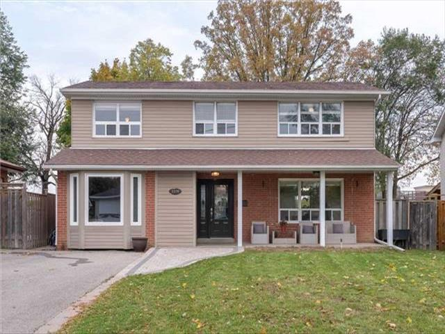 3379 Clanfield Cres