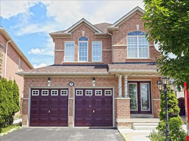 18 Royal Springs Cres