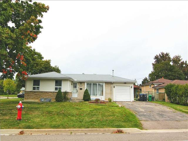 27 Bedford Cres