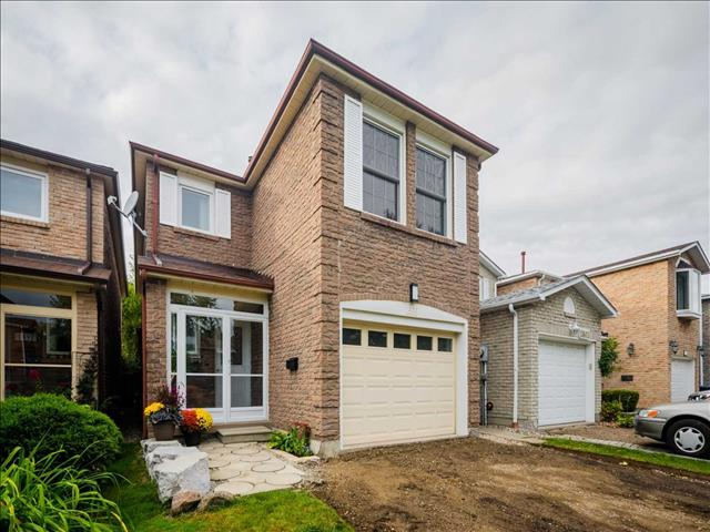 1599 Dewberry Cres