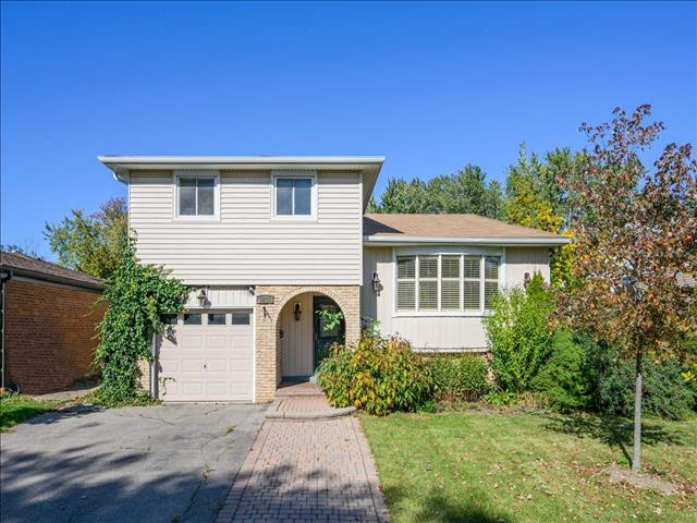 3237 Chokecherry Cres