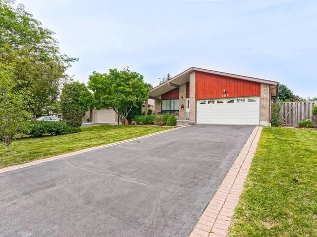 468 Gowland Cres
